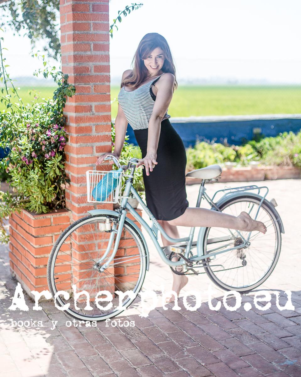 Belén Riquelme and the bike