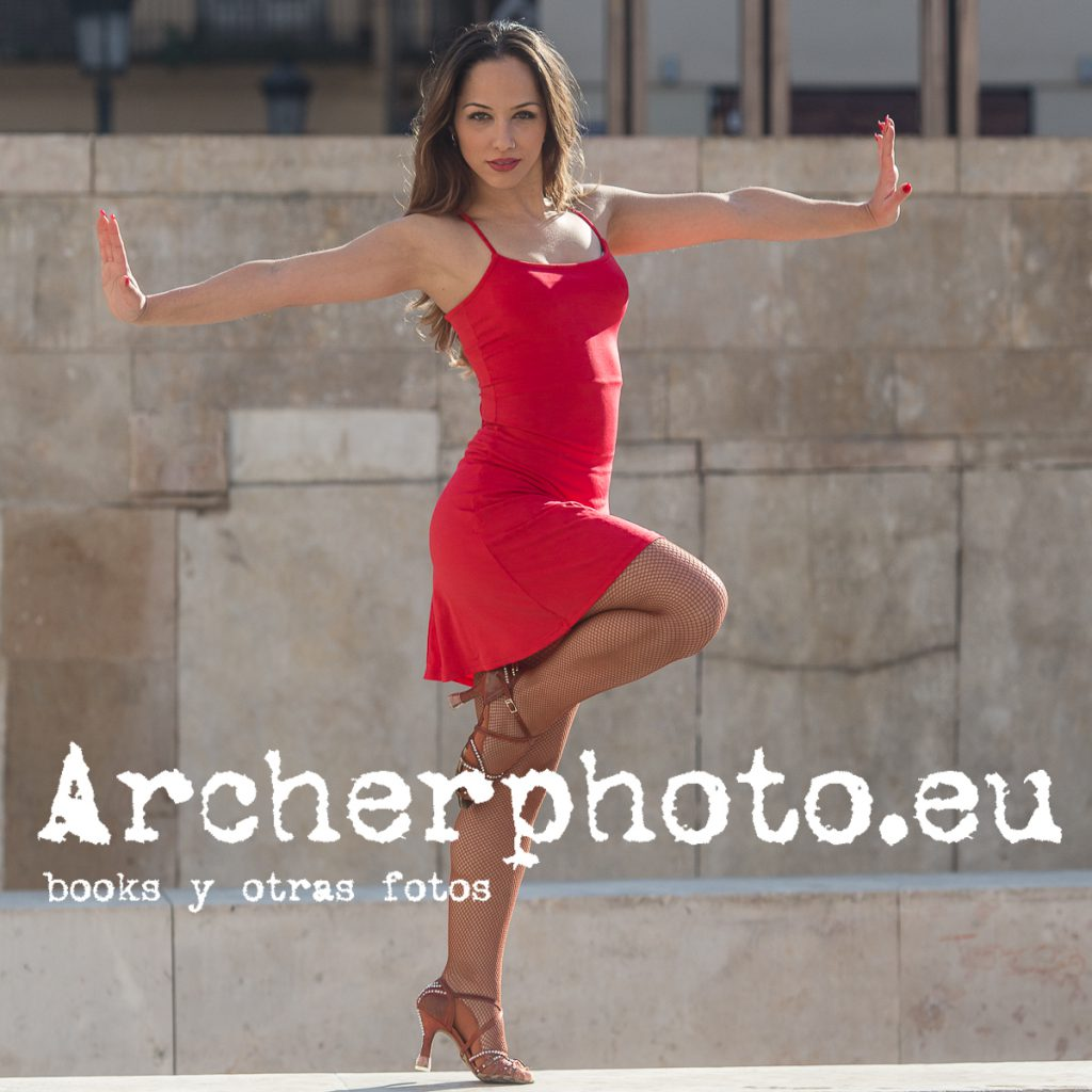 Andrea Vidaurre Dancing In The Street 1