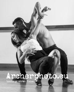 Andrea Vidaurre and Leandro Erni (2) bailando por Archerphoto, fotografos Valencia