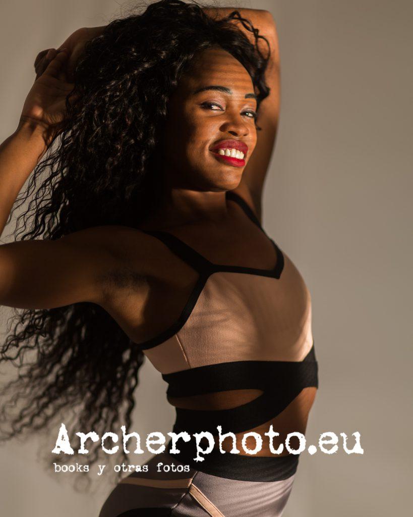 Bety Cris, 2020 (1) , fotografía en el estudio de Archerphoto, fotógrafo profesional