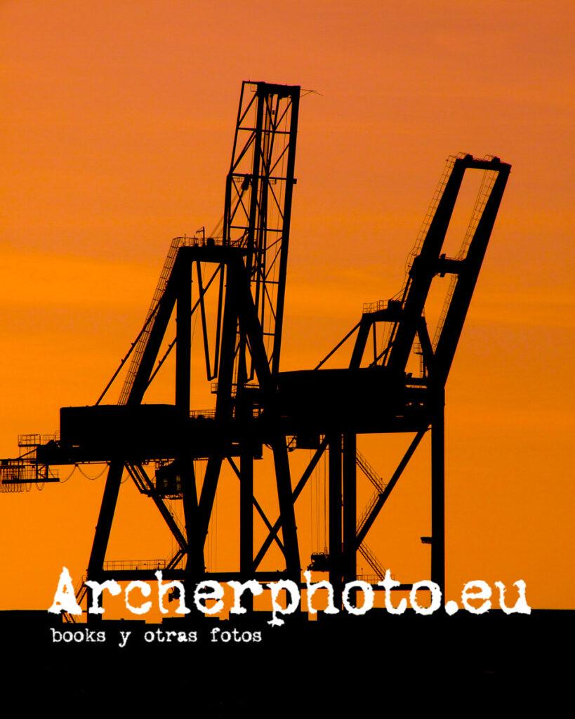 Interludio con grúa por Archerphoto, fotografía València